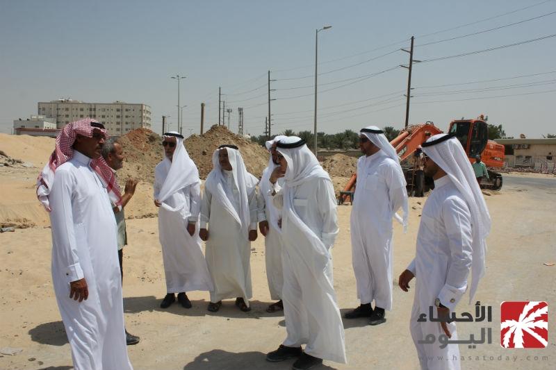 بلدي الأحساء يتفقد مشروع جسر دائرى الملك عبدالله (الضلع الشرقي)